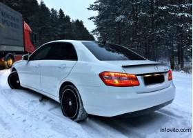 Продам Mercedes E220 в г. Минск