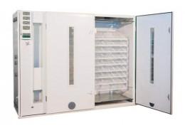 Куплю промышленный инкубатор для птицеводства
