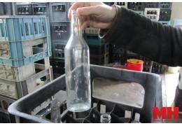 Почему в Минске стало проблемой сдать в заготовительные пункты стеклотару