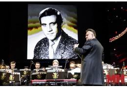 Президентскому оркестру на концерте памяти Владимира Высоцкого аплодировали стоя