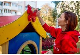 В Советском районе расписывают дворы в рамках проекта «Мой родны кут»