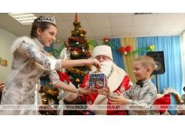 Около 3,5 тыс. детей посетят профсоюзные новогодние представления
