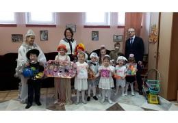 Воспитанники Минского социально-педагогического центра получили подарк от ИАЦ
