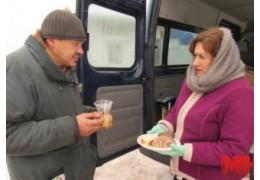 «Социальный патруль» накормил и обогрел уже более 400 бездомных