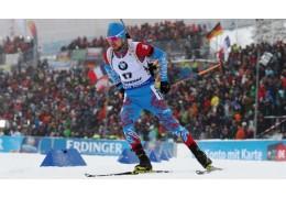 Российский биатлонист Александр Логинов победил в спринте в Оберхофе