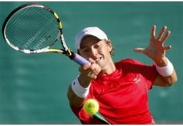 Белорусский теннисист Владимир Игнатик проиграл в 1/8 финала турнира в Будапеште