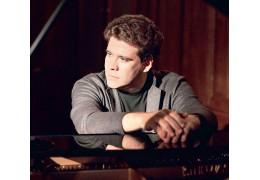 Пианист Денис Мацуев: В детстве все время мечтал убежать с занятий