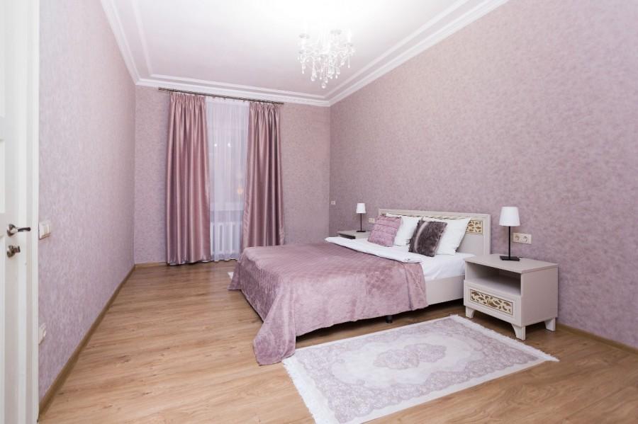 Двухкомнатная квартира в центре Минска (м.Октябрьская)