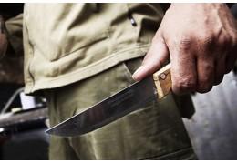 Мужчина пырнул собутыльника ножом и вызвал для него скорую