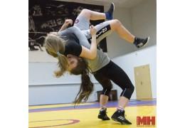 Как проходит тренировка юных борцов