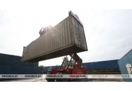 Беларусь в январе увеличила экспорт товаров и услуг на 0,5% до $3,08 млрд
