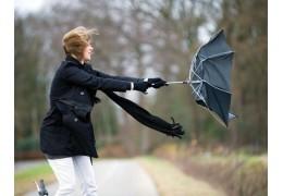 Синоптики о погоде на 13 марта: немного потеплеет, но будет ветрено