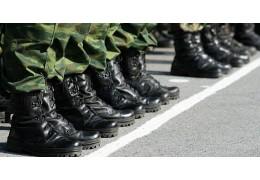 18-летний солдат сбежал из учебного центра в Печах