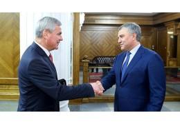 Андрейченко обсудил со спикером Госдумы РФ подготовку к сессии