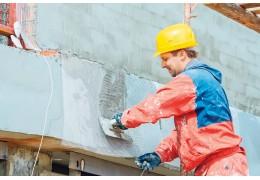Почти 2,5 тыс. крылец отремонтируют в подъездах столичных домов за 9 месяцев