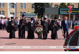 В Барановичах почтили память воинов, погибших при освобождении города