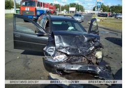 В Бресте произошло ДТП с участием трех автомобилей