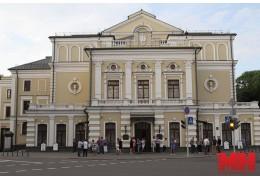 Купаловский приглашает на театральный пикник с концертом и стрит-фудом