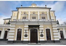 Писатель Андрей Горват вернется в Купаловский театр дворником