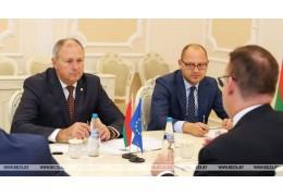 Беларусь заинтересована в скорейшем решении визового вопроса с ЕС - Румас
