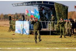 Брест: десантники союзного государства принимают участие в совместном учении
