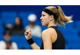 Каролина Мухова будет соперницей Арины Соболенко в полуфинале малого турнира WTA