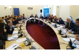 Кравченко изложил позицию Беларуси по взаимодействию с ЕС и США