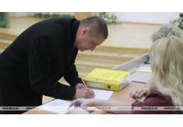 В парламенте не может быть случайных людей - Леонид Заяц
