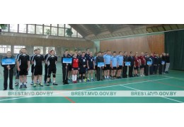 В Барановичах прошел открытый турнир по волейболу, посвященный памяти Семенюка