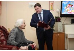 Ветерана ВОВ Валентину Неофитову поздравили со 100-летием