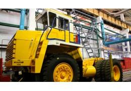 БЕЛАЗ поставил поливооросительную машину на медный рудник в Казахстан