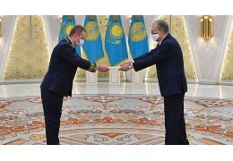 Белорусский посол Утюпин вручил верительные грамоты президенту Казахстана
